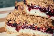 Рубленый пирог с вареньем