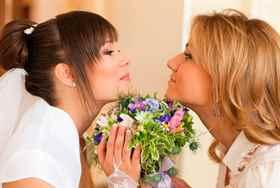 Можно ли свидетельницей на свадьбе будет сестра
