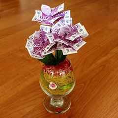 Подарок из денег своими руками фото на свадьбу