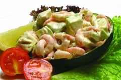 как приготовить салат креветок и авокадо