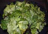 рецепт салата из шпината с яйцом