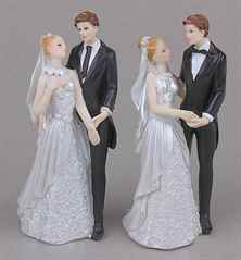 Как сделать фигурки жениха и невесты из мастики своими руками?