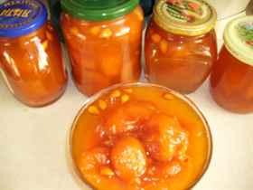 Как вкусно сварить варенье из абрикосов без косточек