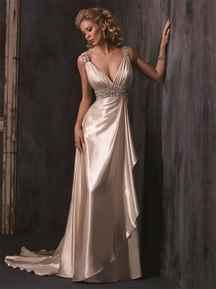 Чаще всего для изготовления свадебного платья в греческом стиле используют натуральный шифон. Свадебные платья в греческом стиле, фото 2015 года которых