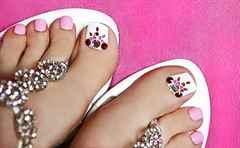 Красивый дизайн на ногах