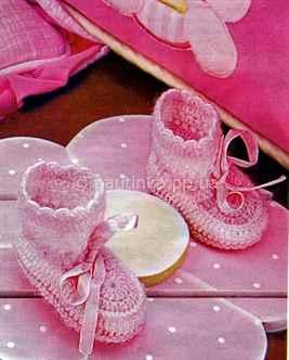 Нежно-розовые пинетки-башмачки