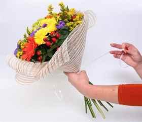 Как упаковать цветок своими руками
