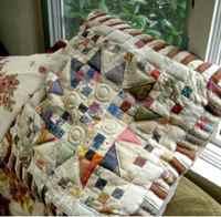 Подушка с орнаментом