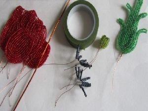 Выкройки и сборка цветов / Декоративные цветы из ткани