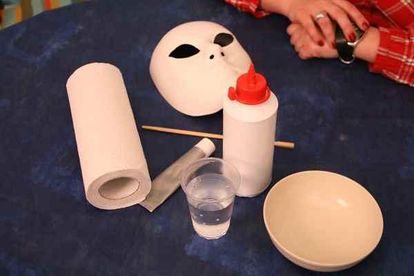 Как сделать клей своими руками для бумаги в домашних условиях