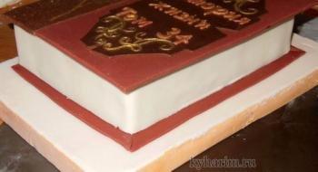 Как красиво украсить торт мастикой
