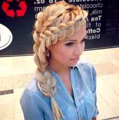 Прически на средний волос косичка