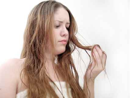 Как можно осветлить волосы в домашних условиях - b