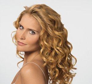 Укладка кудрявых волос средней длины