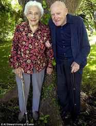 Дубовая свадьба: сколько лет, когда отмечают годовщину дубовой свадьбы