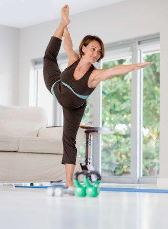 Йога для начинающих Видео-уроки в домашних условиях