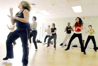 Фитнес танцы зумба для похудения - ВИДЕО онлайн