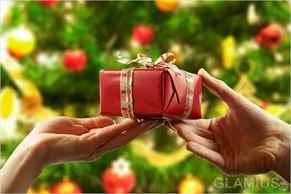 Дарить подарки на новый год придумали
