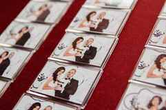 Подарки от молодых гостям на свадьбе