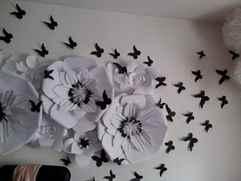 Как сделать объемные цветы на стену из бумаги 160