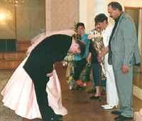 знакомства родителей жениха и невесты видео