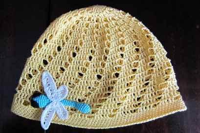 Вязание крючком ажурных детских шапочек