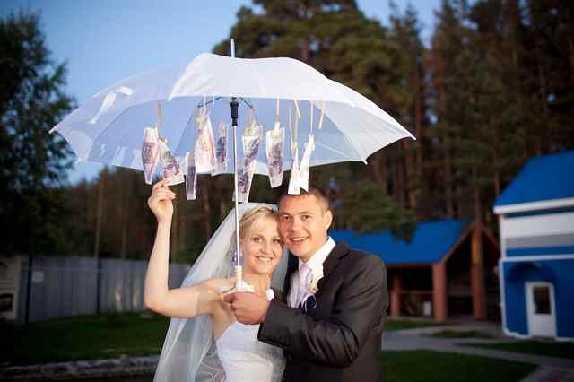 Фото прикольных подарков на свадьбу