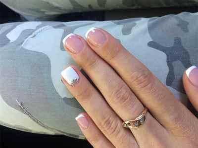 Ногти нарощенные короткие френч