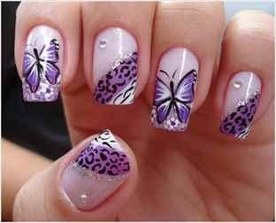 Фото красивые бабочки на ногтях