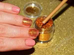 Как сделать блестки на ногтях гель лаком
