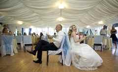 Поздравление в виде смешной сценки на свадьбе
