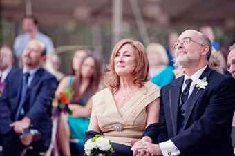 Что одевают на свадьбу родители