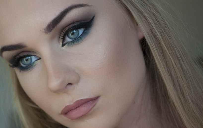 Фото макияжа для голубых глаз блондинок фото7