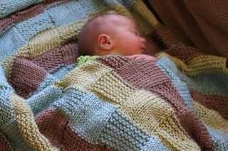 Плед и шапочка для новорожденного спицами Вязальное