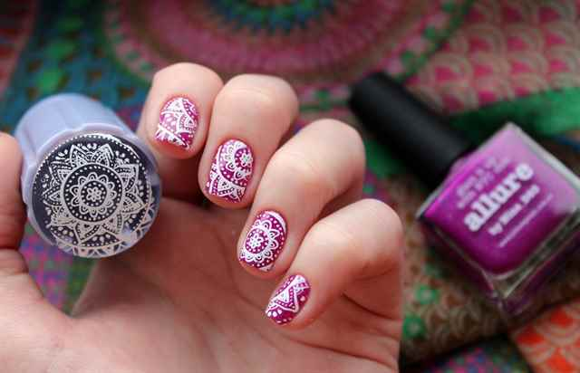 Что такое стемпинг для ногтей и как его делать своими руками