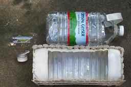 Полочка из пластиковых бутылок