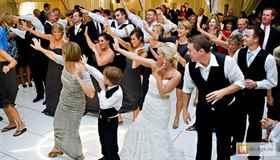 Изображение - Музыкальное поздравление на свадьбе 1499007214_6e5d0a1cc65a0583a2067bf4fd3e09dd_1476326336_700_400