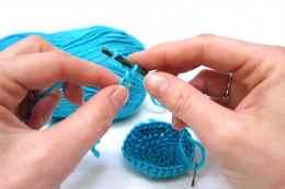 обучение вязанию крючком с нуля как сделать свои первые салфеточки